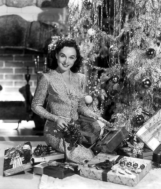 Have a merry vintage christmas miss patina vintage Classic christmas films black and white